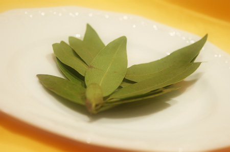 Bay Leaf Powder - Usage & Health Benefits