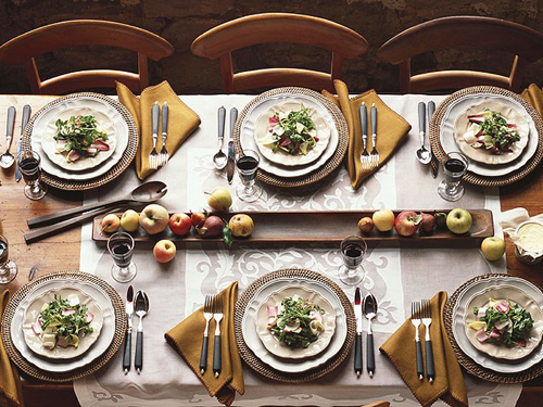 10 Tips To Get Your Formal Dinner Table Setting Right