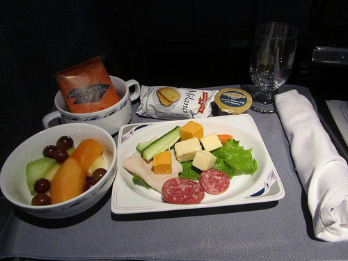 7 Healthy Airline Snacks