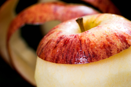 DIY - A Speedier Way To Peel Many Apples In A Jiffy!