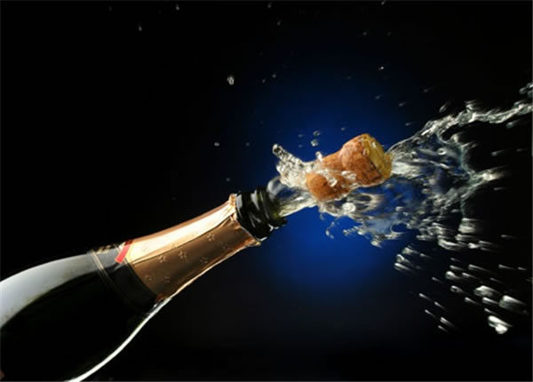 The Right Way To Open A Champagne Bottle