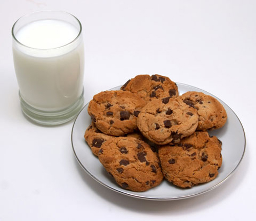 Eating Milk & Cookies Made Easy