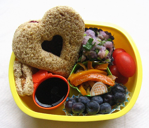Bento Lunch Boxes: Easy Way To Eat Healthy On Budget