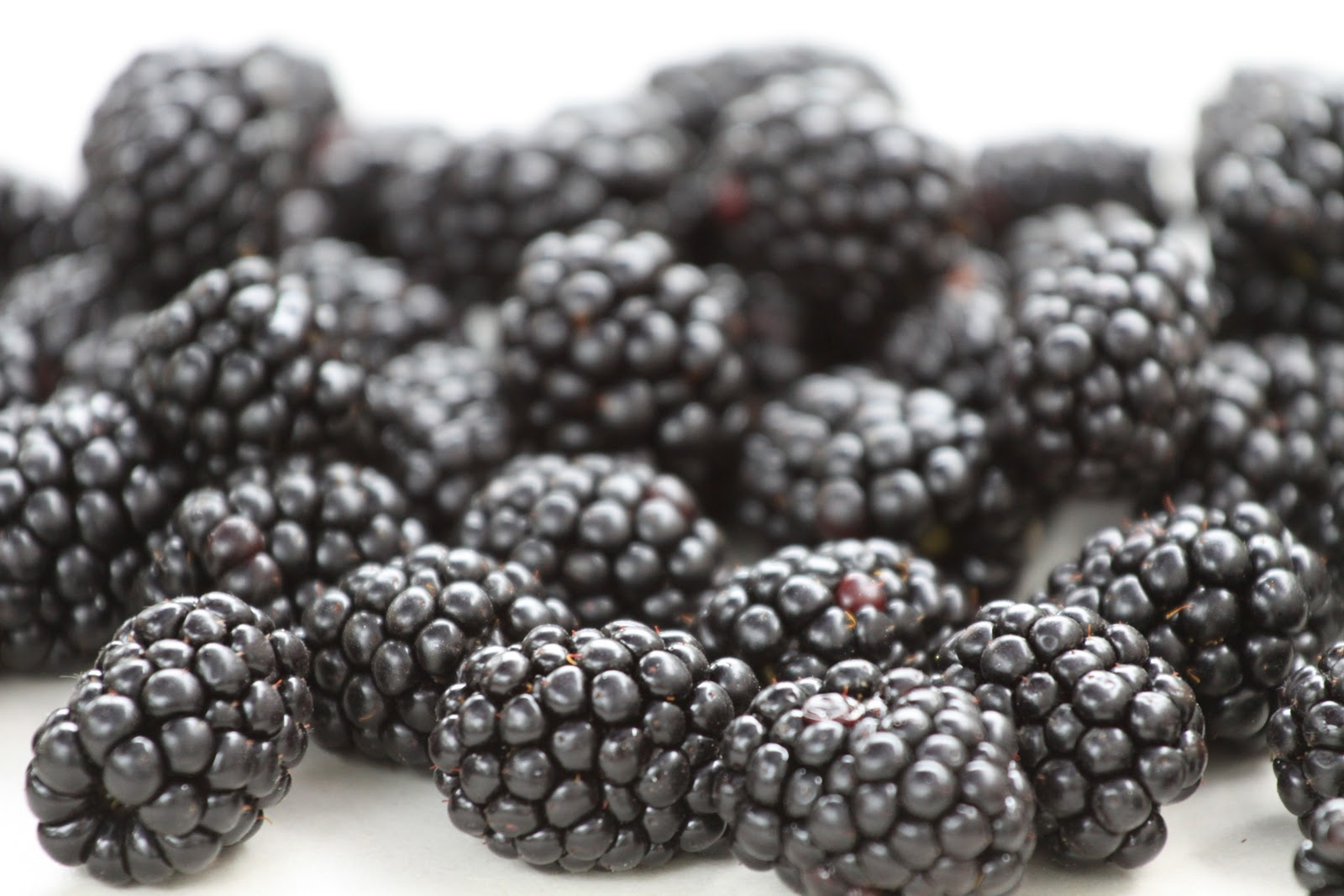 How To Make Blackberry Scrub