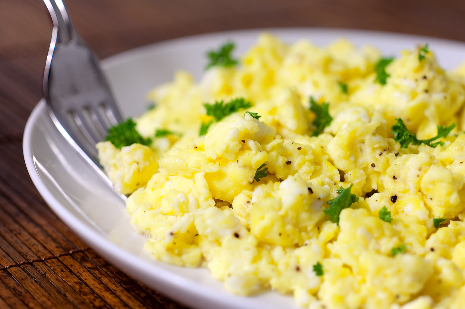 9 Mistakes Not To Make With Scrambled Eggs