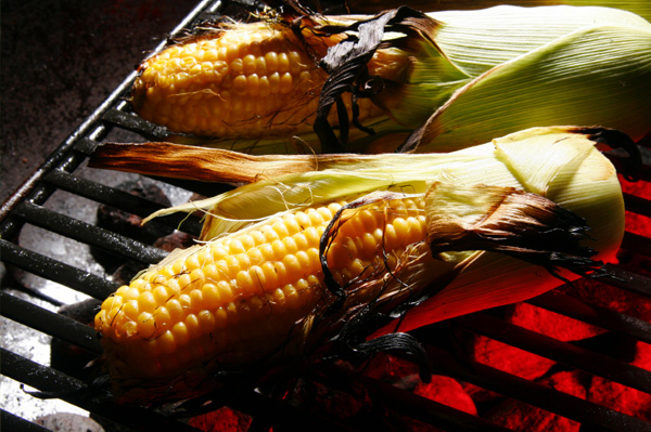 How to Make Corn on the Cob on the Grill