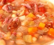 Delicious low fat ham soup